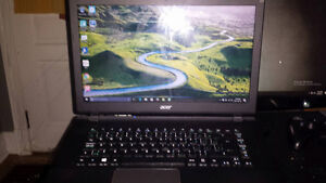 acer aspire (pick up before friday for 350$)