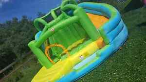 Little tikes bouncy castle with slide and pool
