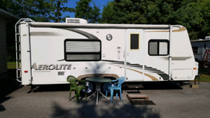 Dutchman Trailer | Buy Travel Trailers & Campers Locally in Ontario
