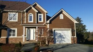 BEAUTIFUL HOUSE FOR RENT IN GOLFING COMMUNITY