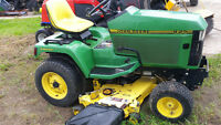 JD 425 AWS garden tractor with mower and mat collection system