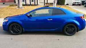 Kia Forte Koup SX - low kms and price