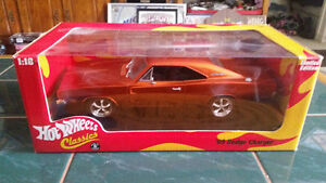 1969 Dodge Charger 1:18 Scale Hot Wheels Classic TEXT 2264489639