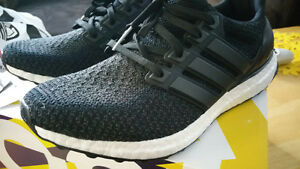 Nouveux/Brand New ULTRA BOOST Noir/Core Black - Size 8 Homme