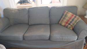 Like new couch cover also is washable
