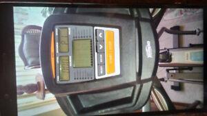 Tempo fitness e615 eliptical excellent condition!