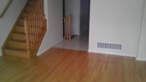 TOWN HOUSE FOR RENT, Yonge&Hw7, 3 BEDROOM 4 BTHRM, RICHMOND HILL
