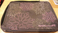 Golla Generation Mobile laptop sleeve - great condition