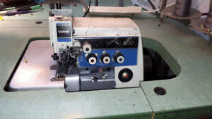 Sewing Machine - Overlock - 4 threades