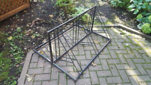 rack pour 6 vélos en fer et très solide