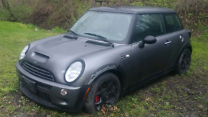 2003 mini Cooper S. 6 speed manual as is