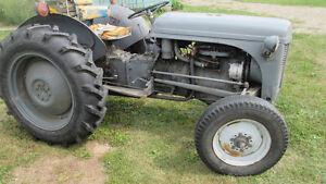 ferguson TE20 tractor London Ontario image 4