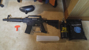 M4 Paintball Marker, Tank, and Balls