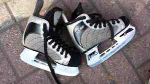 Kids skates size 1  London Ontario image 1
