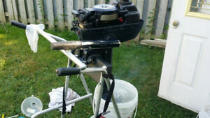 Evinrude Outboard motor 4 hp. Excellent  Shortshaft