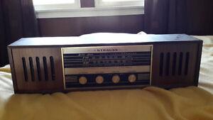 Strauss radio