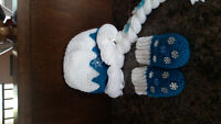 Elsa hat and mitts