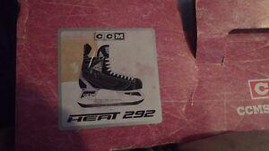 Men's size 9 hockey skates.