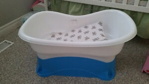 Infant bathtub Kitchener / Waterloo Kitchener Area image 1