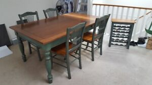 DINING ROOM TABLE with 4 chairs & matching wine rack