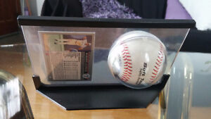 SELLING Roberto Alomar signed Baseball with card Kitchener / Waterloo Kitchener Area image 3