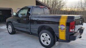 2005 Rumble Bee Dodge Hemi 1500 4x4  Pickup Truck - Exc Cond