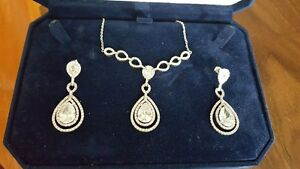 Cubic Zirconia Tear drop style necklace and matching earrings