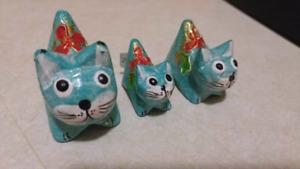 Little wooden cat decorations