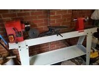 Axminster AWVSL1000 woodturning lathe