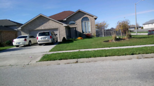 HOUSE FOR RENT!!! IN LAKESHORE!!!!! JANUARY 1ST