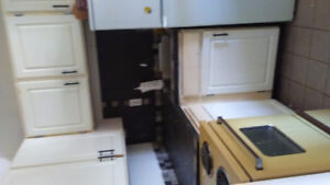 Stove and fridge sale for $95 both or seprate