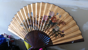 Antique Chinese floral hand fan decor