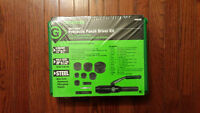 Greenlee 7806-SB Quick Draw Hydraulic Punch Driver and Kit
