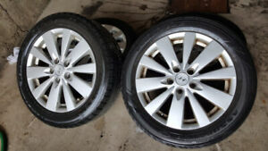 Hyundai Mags and Tire 215-55-R17 Bolt pattern 5x114.3