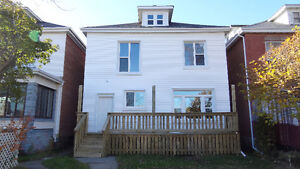 LARGE 3 BEDROOM - SHOWING MAR 19 - Available now