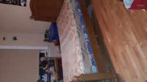 SINGLE BED WITH HEAD AND FOOT BOARD $100 obi