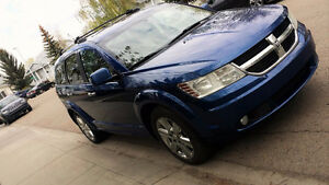 2009 Dodge Journey R/T SUV- Fully loaded!