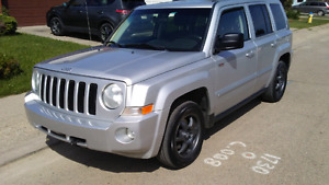 2010 jeep patriot north edition sport with low km 89000 active