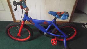 Spider-Man kids bike with training wheels