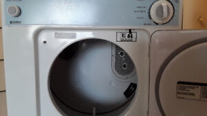 Apartment size dryer almost new condition 110 volts energy star