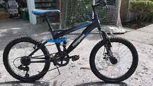 Mongoose 14 Inch Mountain Bike West Island Greater Montréal image 2
