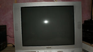 "32"" TV with remote"