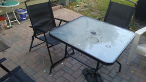 Glass-Top Outdoor Patio Table W/4 Chairs