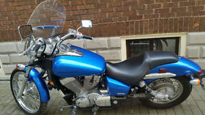 2007 Blue Honda Shadow with windshield, Excellent condition!