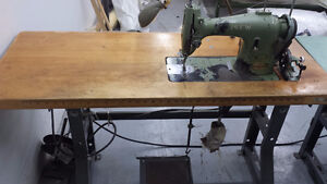Cansew De Luxe Sewing Machine