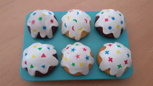 Shape Sorting and Play Cupcakes