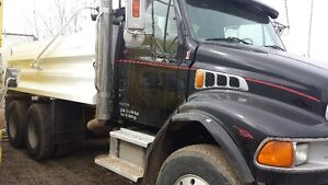 Best price for tandem dump trucks services
