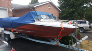17 ft motor boat with free trailor