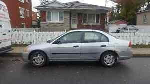2002 Honda Civic DX 5 vitesses  $975.00 514 441 1017