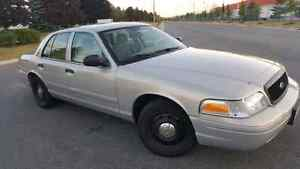 2010 FORD CROWN VICTORIA NO TAX